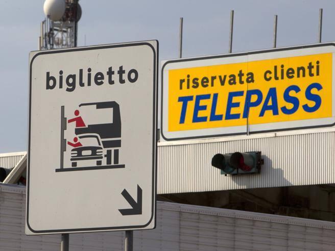 Viaggi gratis sulle autostradeÈ boom di stranieri che non pagano