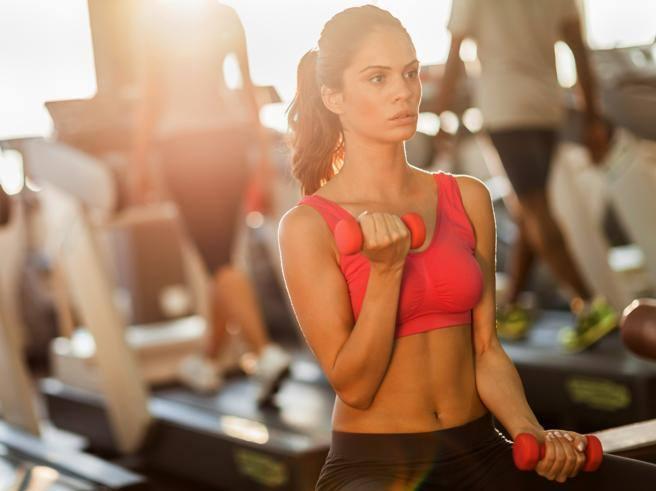 Tonificare i muscoli delle braccia: gli esercizi giusti