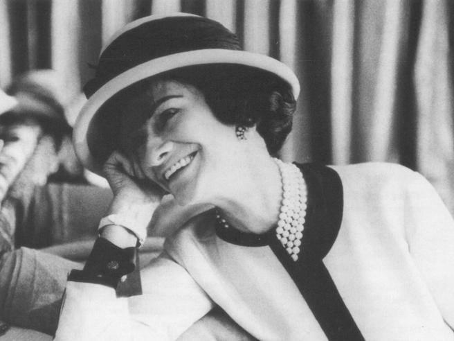 18 Frasi Indimenticabili Della Grande Coco Chanel