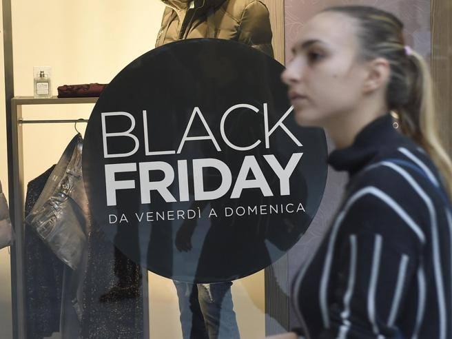 Black friday 2017 italia 10 offerte di moda da non for Black friday 2017 milano
