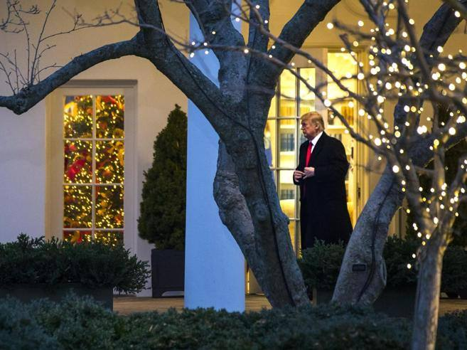 Trump, le tasse e la guerra al Natale