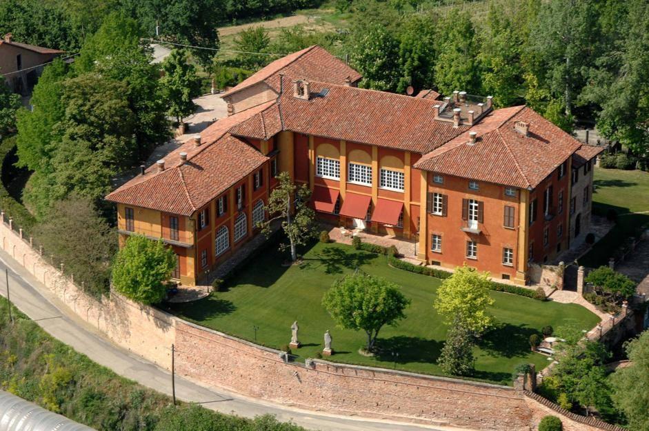 Il Castello Di Lavezzole Che Piace A Mark Zuckerberg