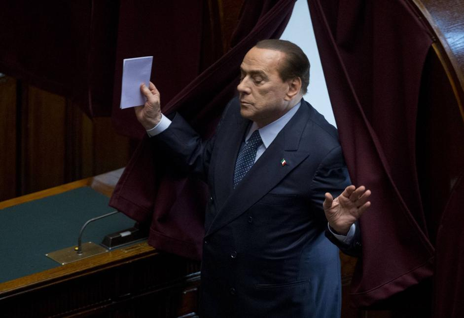 Silvio Berlusconi  al voto (AP Photo/Andrew Medichini)