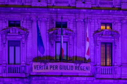Milano si tinge di viola per la Paralimpiadi di Tokyo