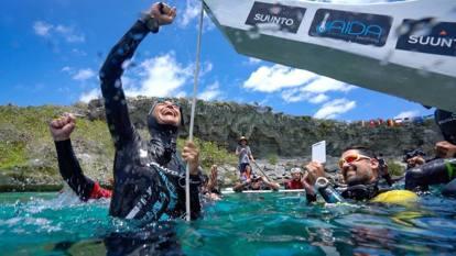 Monopinna, Alessia Zecchini e il record mondiale di apnea