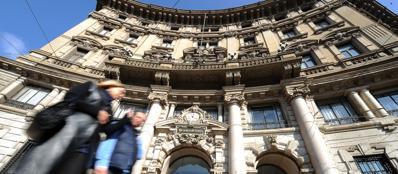 Unicredit esce da Fonsai, vende la sua quota - Corriere.it