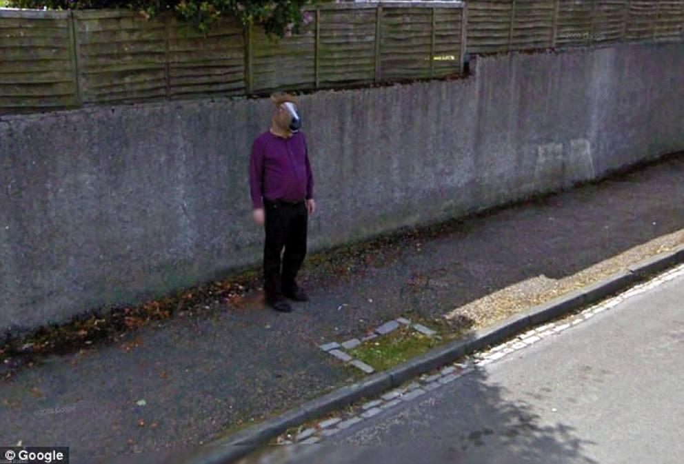 Earth e street view e le strane foto di google for Foto di case strane