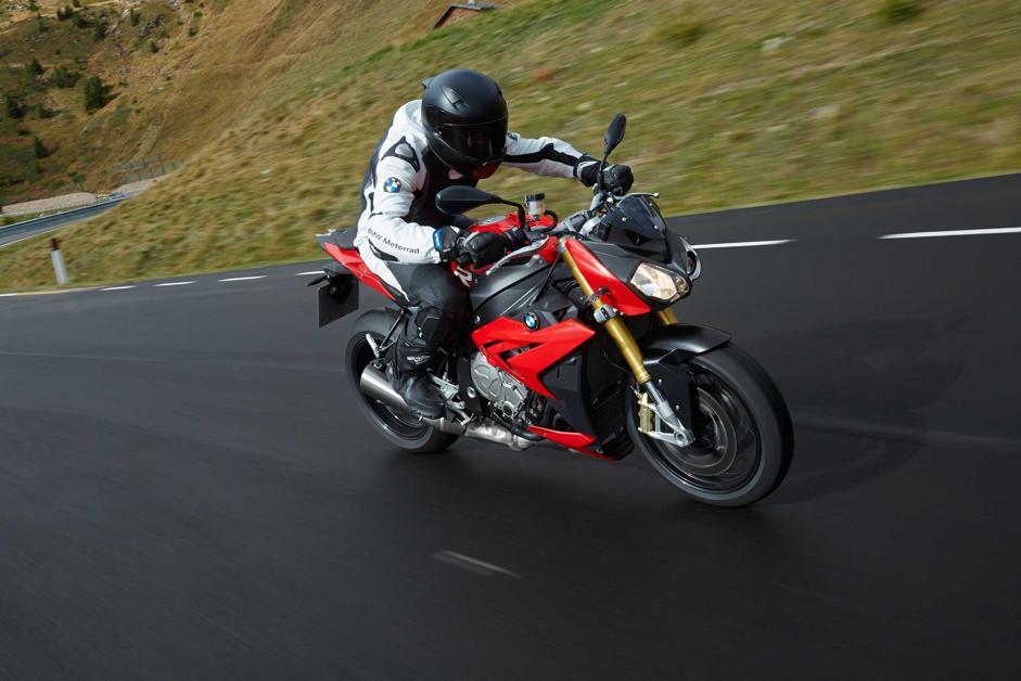 Ducati Performance, lo Streetfighter V4 diventa ancora più