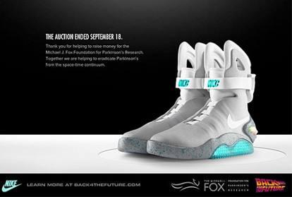 newest 36ef1 1c6a0 Nike lancia le scarpe che si allacciano da sole (via app ...
