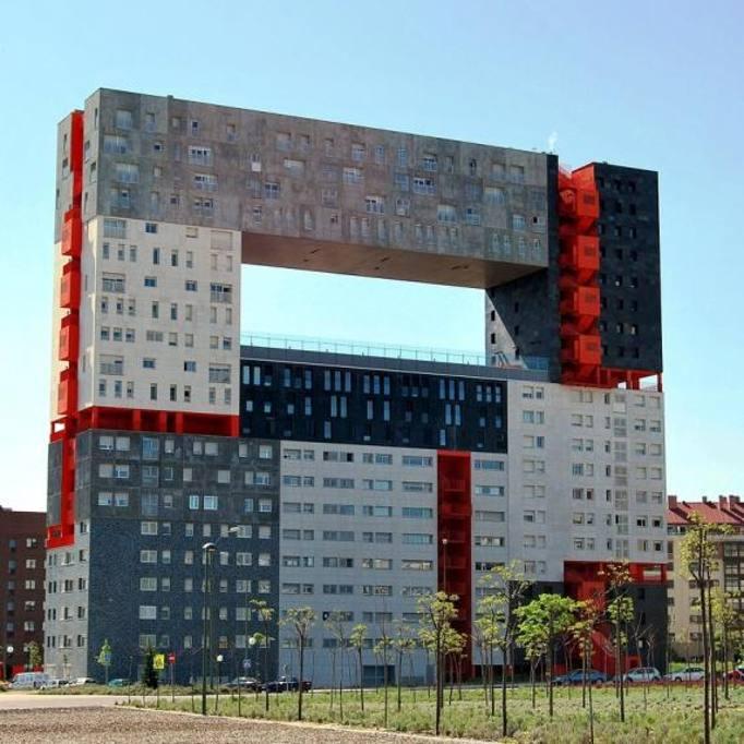 Ecco i 30 edifici pi brutti del mondo for Architettura olandese