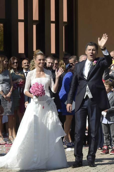 Roma fabrizio frizzi sposa la sua carlotta for Mantovan carlotta