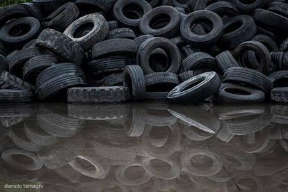 spesso Gomme usate: una miniera per il riciclo - Corriere.it OO62