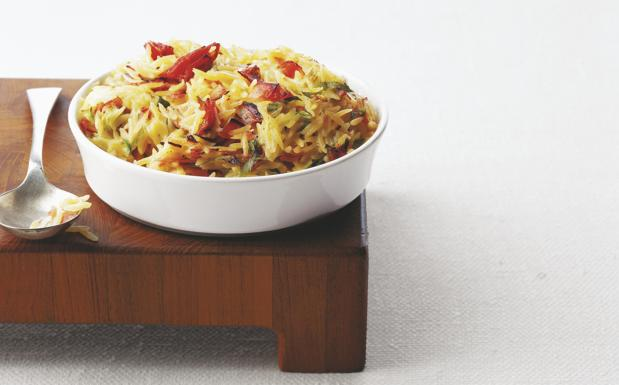Baked rice with vegetables  - Stockfood