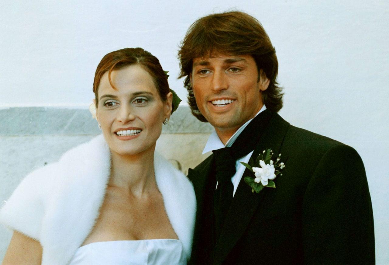 Matrimonio Simbolico Cosa Dire : Paillettes e trasparenze i look della ventura a miss