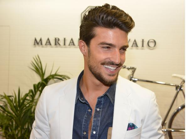 Mariano Di Vaio vince il premio di GQ Man of the Year