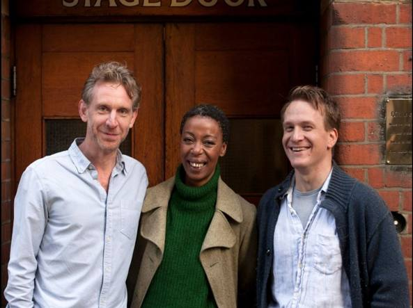 Jamie Parker (Harry Potter), Noma Dumezweni  (Hermione Granger) e  Paul Thornley (Ron Weasley) reciteranno in Harry Potter and the Cursed Child  (Twitter/@HPPlayLDN)