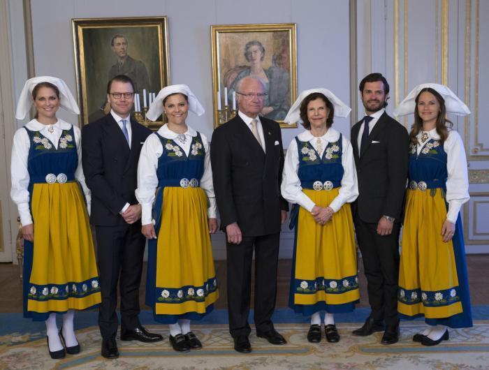 Svezia Reali Daltri Tempi Regina E Principesse In Abiti