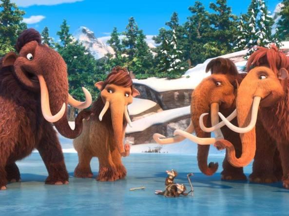 Cani Orsi Cicogne Mammut Sono Loro Le Star Di Hollywood