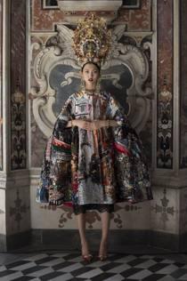 new style dd534 93c13 Dolce e Gabbana, la sfilata dedicata a Sophia Loren per le ...