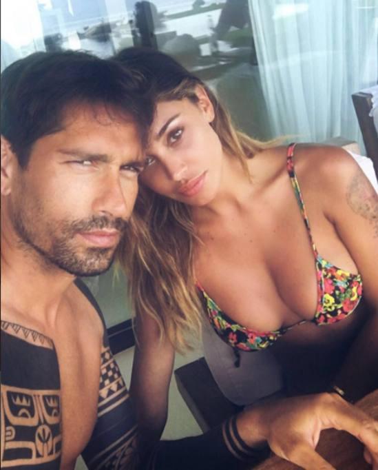 Belen Nuda Calendario.Certi Amori Non Finiscono Ritorno Di Fiamma A Ibiza Con