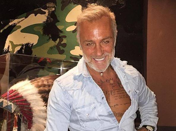 Gianluca Vacchi compie 49 anni  «Sono un seduttore perché ascolto» -  Corriere.it 1cddf06ce193