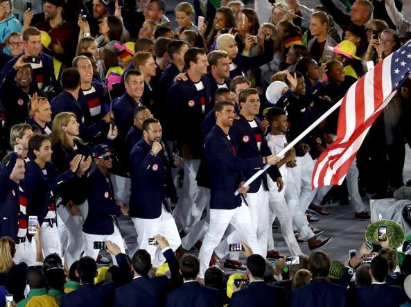 Olimpiadi di Rio 2016  l Italia trionfa già con Armani ca143276b80c0