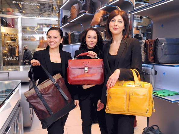 trimestre Apariencia Moda  Piquadro acquista The Bridge Le borse della pelletteria fiorentina passano  di mano per 3,175 milioni - Corriere.it