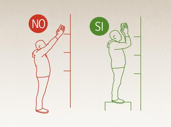 Qual è la postura corretta al lavoro? in piedi o seduti mai forzare