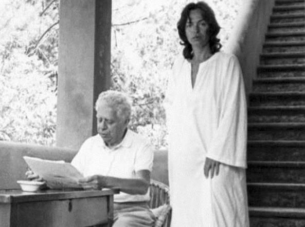 Montale con Susy Peterich a casa Fasola (Forte dei Marmi)