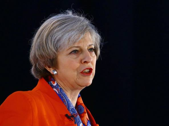 Il premier britannico Theresa May (Epa)