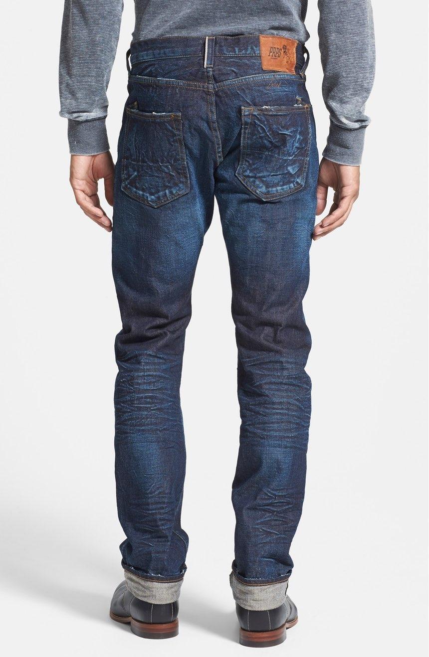 «Sono magra e stupenda». Le sneakers di Dolce e Gabbana criticate sul web 417ee3e4210