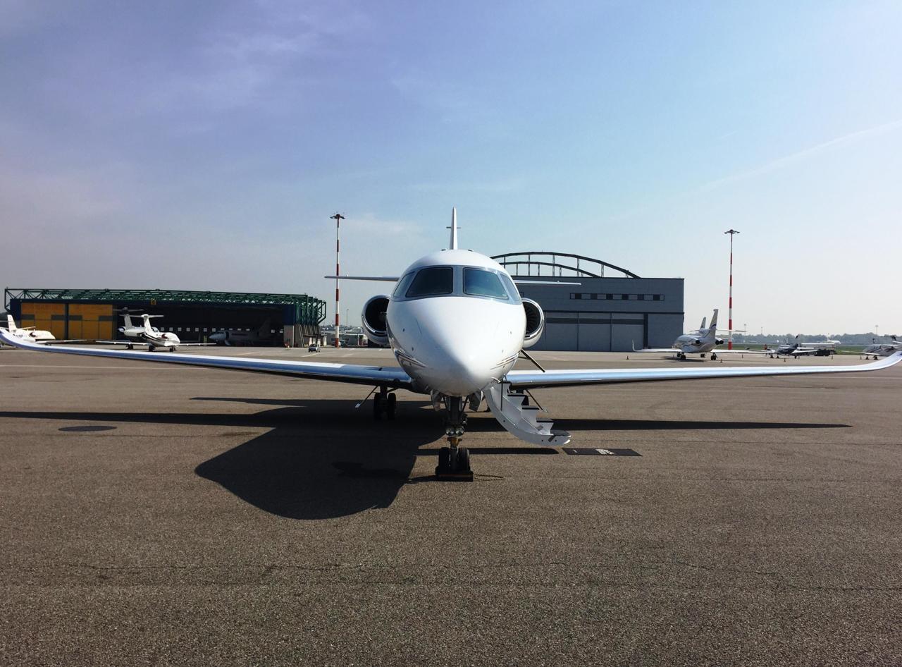 Jet Privato Bologna : Bologna u aeroclub modena
