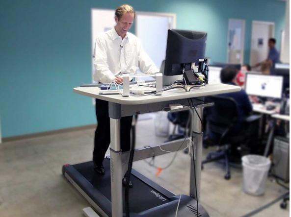 Ufficio Scrivania Jobs : Modi per rovinarsi la salute in ufficio secondo la scienza