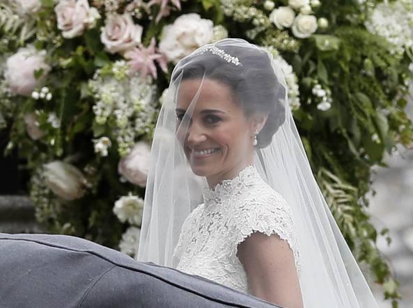 Pippa E James Sposi In Jaguar Il Matrimonio Quasi Reale Corriereit