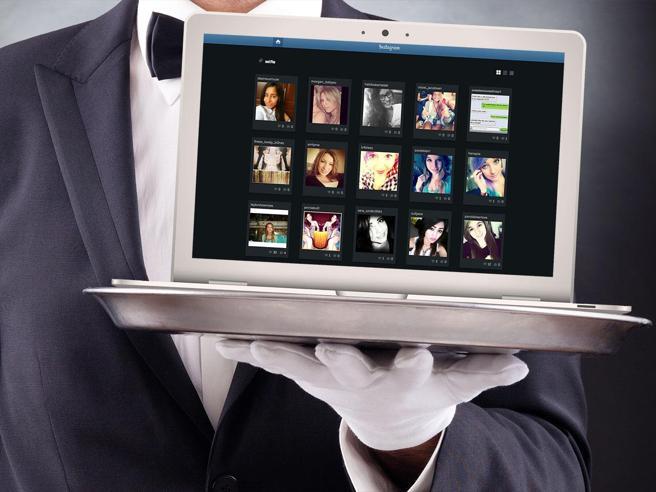 Il (nuovo) galateo digitale: dalla mail ai social, 8 consigli per la buona educazione