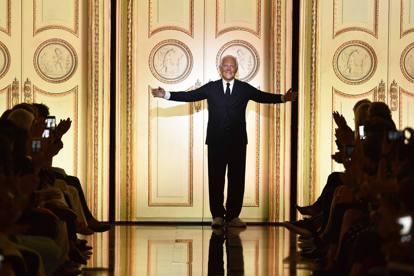 ad2a0c91c29234 Giorgio Armani  «La solitudine  Forse è quello che ci accomuna tutti ...