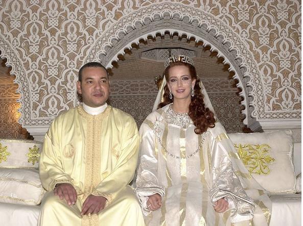 Vestiti Da Sposa Del Marocco.Nozze Reali Gli Abiti Da Sposa Piu Belli Indossati Dalle Teste