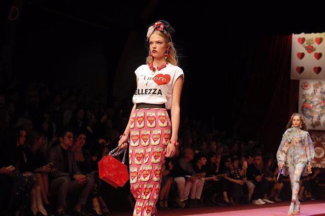 "Znalezione obrazy dla zapytania t shirt L`amore e Belleza"""