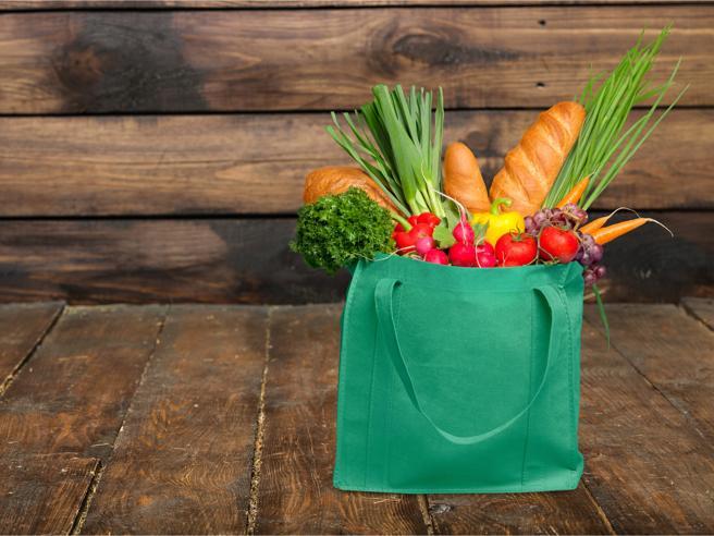 Le borse riutilizzabili per fare la spesa? Sono un concentrato di batteri