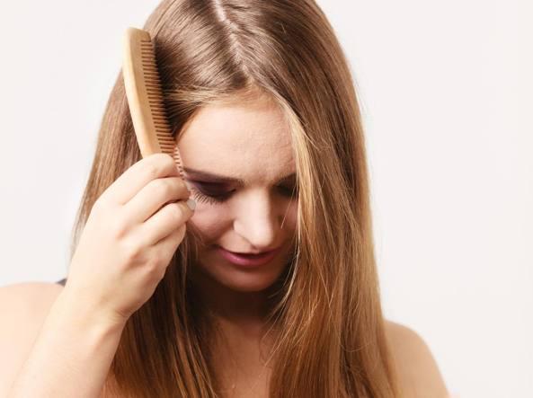 Esistono rimedi naturali efficaci contro la caduta dei capelli  -  Corriere.it 24adc70a8677