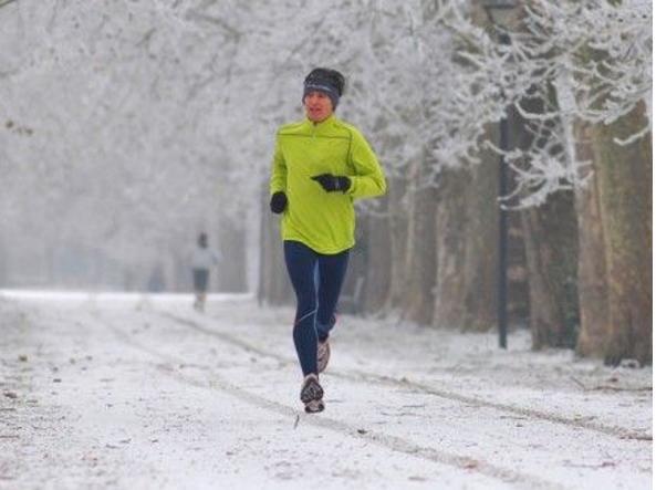 6c6904ec063a37 Correre in inverno: i 10 consigli per allenarsi outdoor anche quando ...
