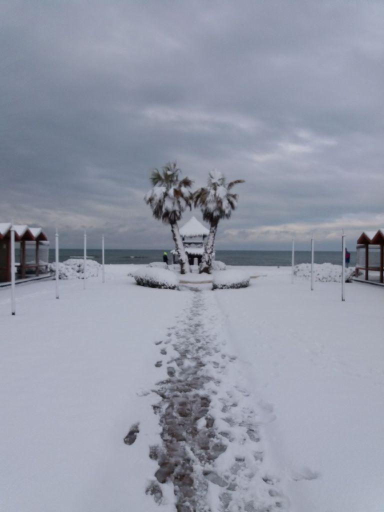 La magia della neve a san pietro e le altre foto che ci for Di tommaso arredamenti ostia