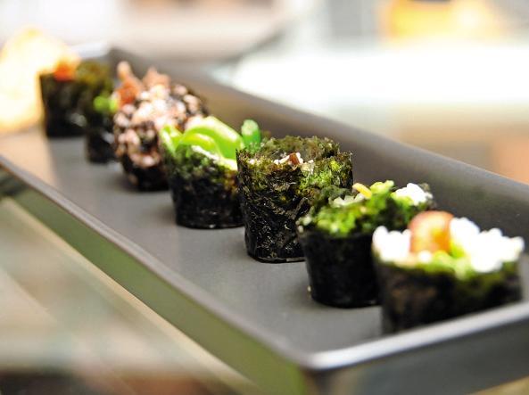 I piatti gentili di Jin portano la Corea del Sud a Milano- Micol ...