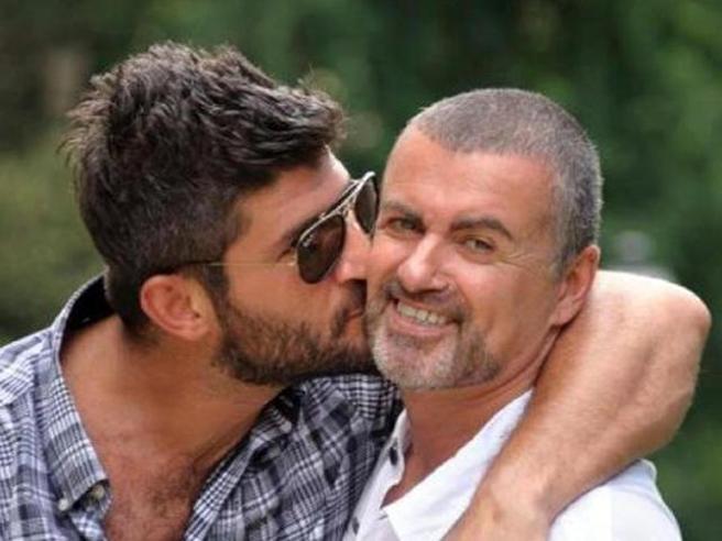 George Michael, lite per l'eredità: le sorelle contro il compagno Fadi