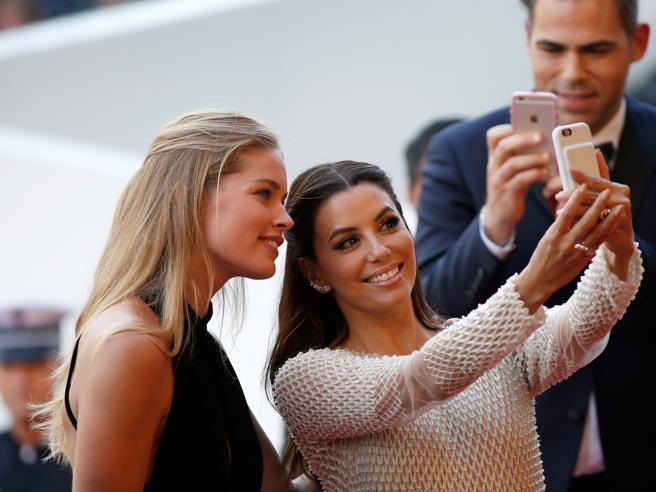 Al festival di Cannes, si selfie chi può!