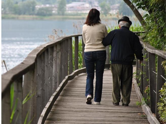 Il Veneto e la legge 104: in 30 mila si assentano per i familiari malati