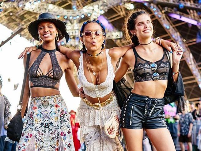 Coachella 2018: gli angeli al festival dettano tendenza