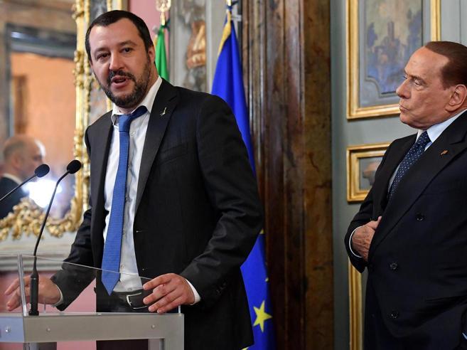 Berlusconi: M5S pericolo per la democrazia.  Salvini: pronto
