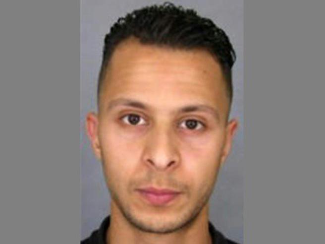 Salah Abdeslam condannato a 20 anni per la sparatoria a Bruxelles prima dell'arresto
