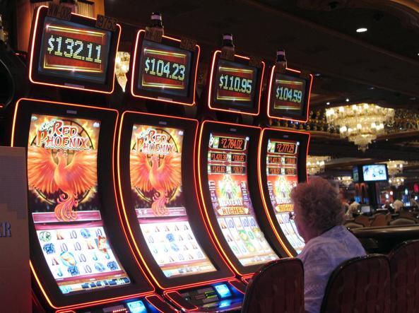 Bagaimana mafia mengontrol mesin slot taruhan dan rig - Corriere.it